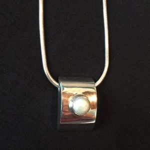 Sterling silver/ pearl necklace